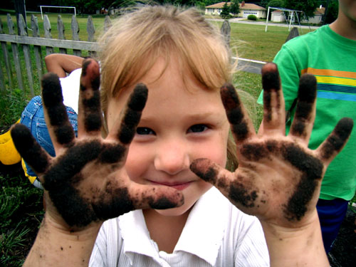child's dirty hands