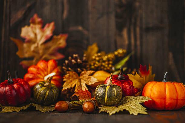 fall pumpkins table decor